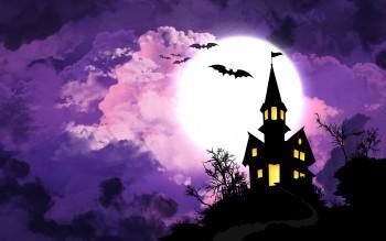 7005200-halloween-spooky-house